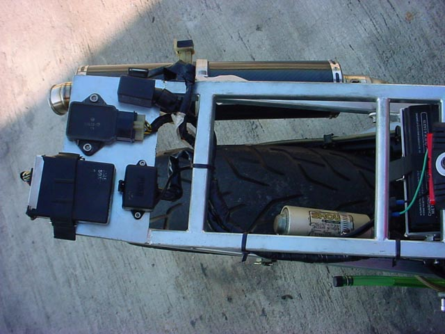 rossi replica tyga performance saturn fuse box the flasher and starter relay, regulator rectifier and fuse box the wiring loom was kept intact but repositioned and strapped down with cable ties