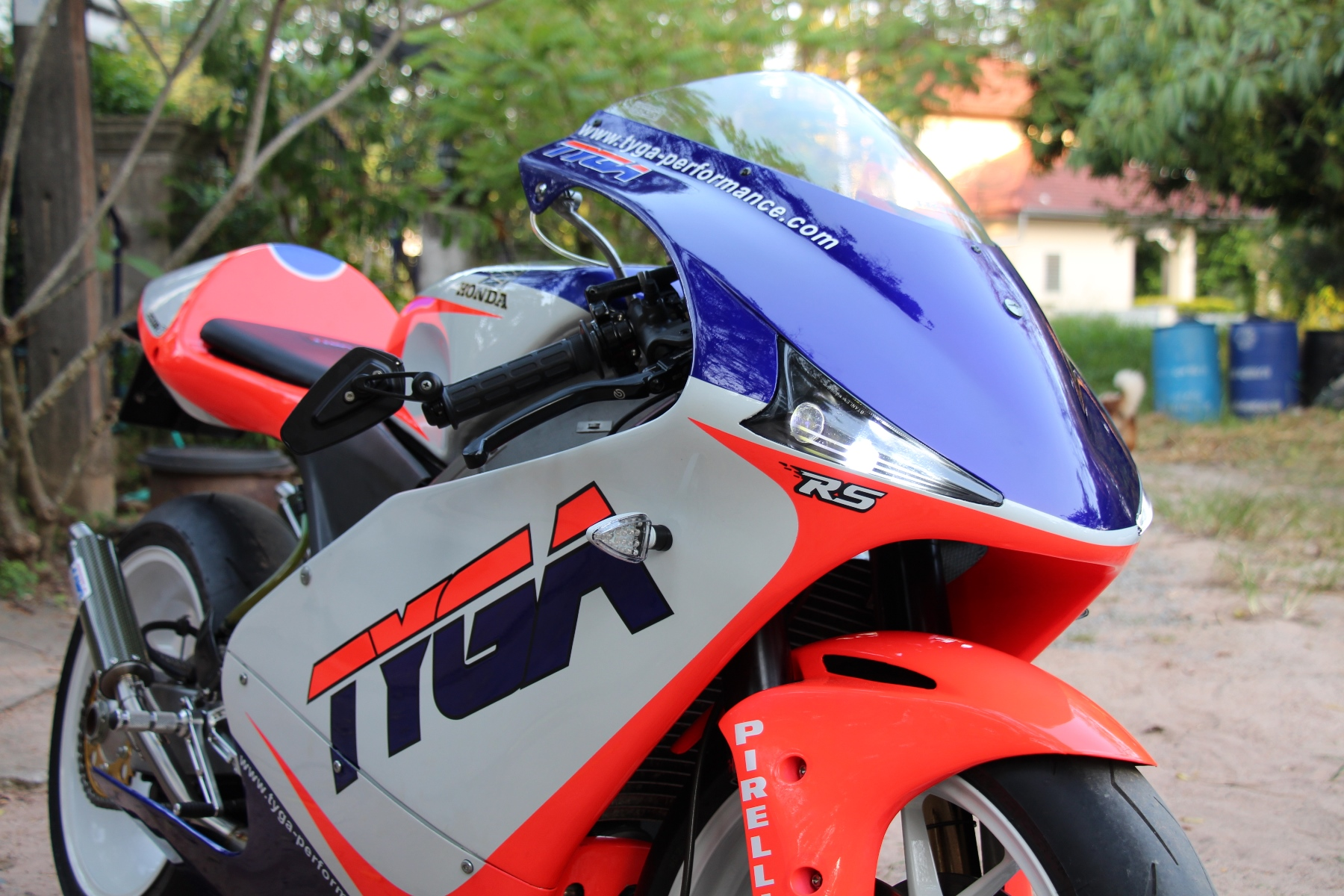 Tyga Street Nx 5 Rs250r S Performance Klx 250 Wiring Diagram The Fairing Is Attached To Frame By Custom Made Stays With Quick Release R Clips